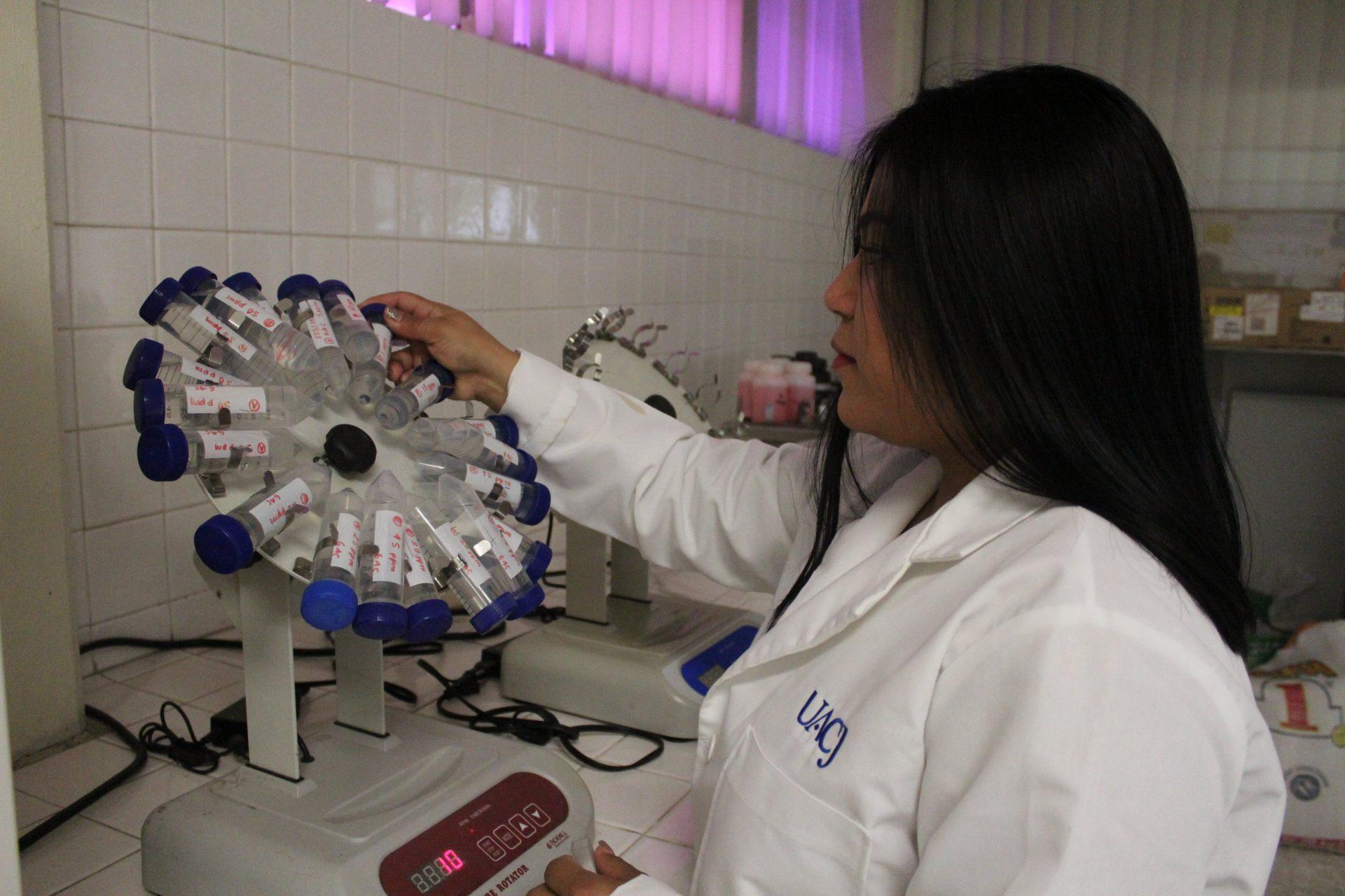 Autorizan actividad presencial en laboratorios del ICB